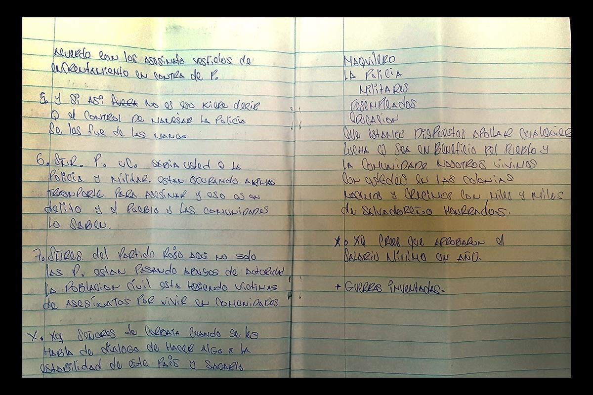 Fragmento del manuscrito que sirvió como guía a los voceros de la MS-13 en la entrevista con El Faro realizada el 21 de diciembre, en la que expusieron la propuesta de diálogo de la pandilla con el gobierno. Foto de El Faro.