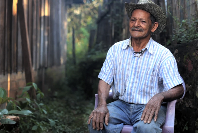 Antonio Pereira, de 73 años, perdió a toda su familia en la masacre ocurrida en el caserío Los Toriles, ubicado a dos kilómetros de El Mozote.