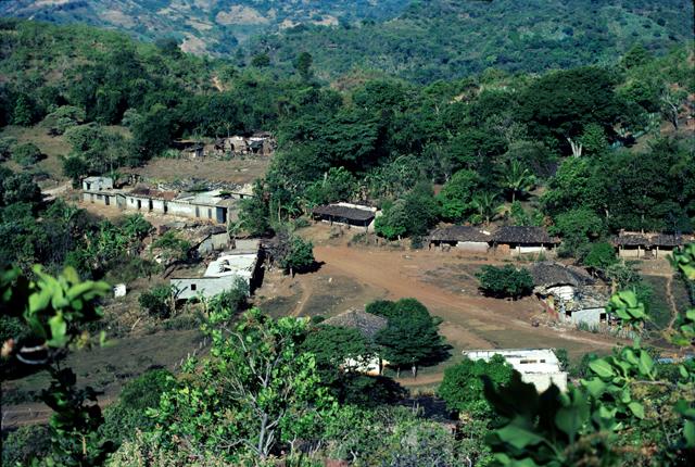 Así era el caserío El Mozote antes de la masacre. Sus habitantes –alrededor de 300- vivían de cultivar la tierra y de la comercialización del henequén.