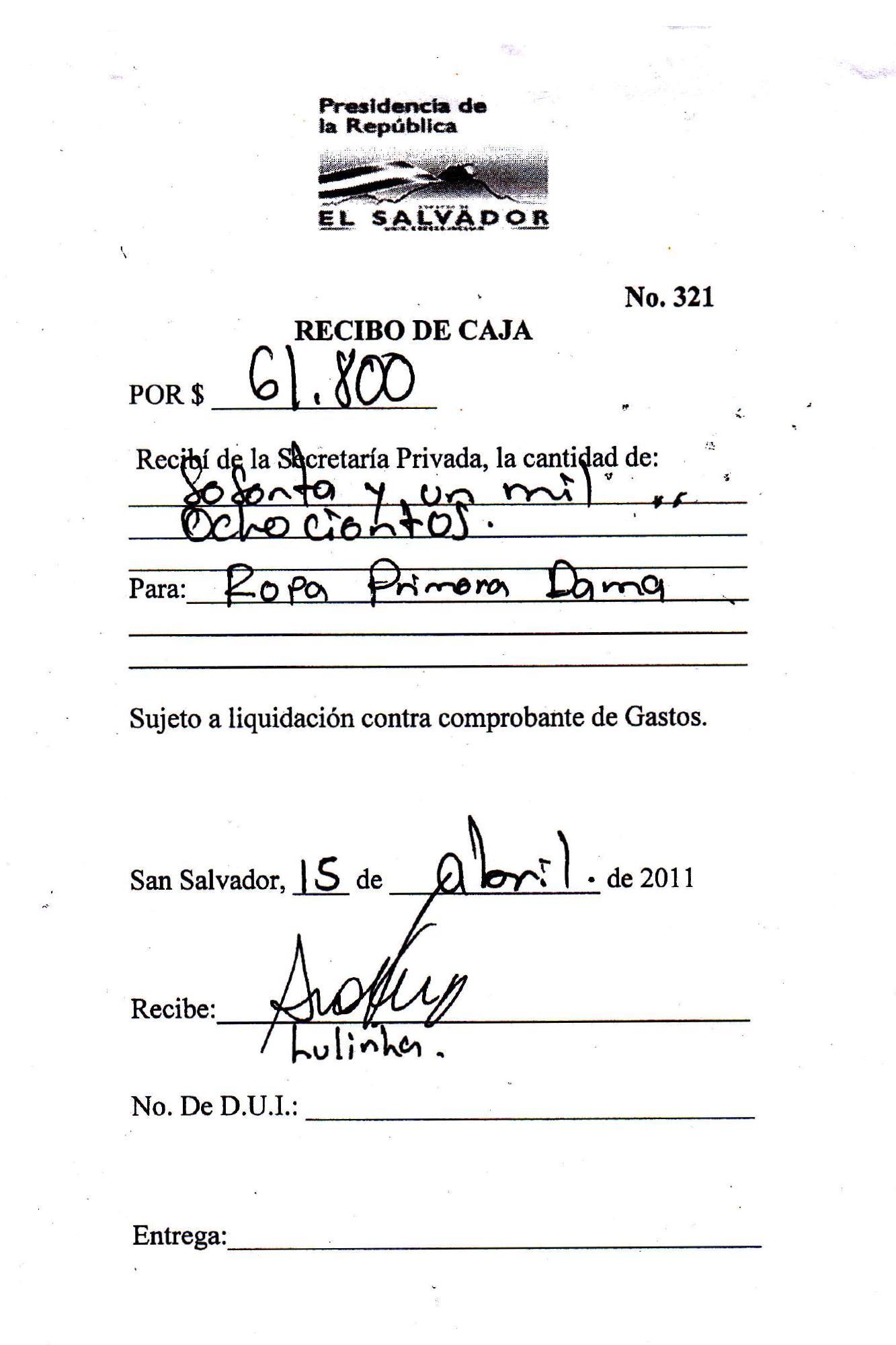 La Secretaría Privada de la Presidencia documentó un gasto de $61,800 dólares para el pago de ropa de la primera dama de la República, Vanda Pignato. Ese pago se realizó el 15 de abril de 2011, cuando Pignato dirigía ad honorem la Secretaría de Inclusión Social. Durante su juicio por enriquecimiento ilícito, que inició en marzo de 2016, Pignato aseguró que todos sus gastos los pagaba el expresidente Funes. Fuentes de El Faro que eran parte del gabinete de gobierno confirmaron que Lulinha, quien firma, era una asesora de moda de Pignato