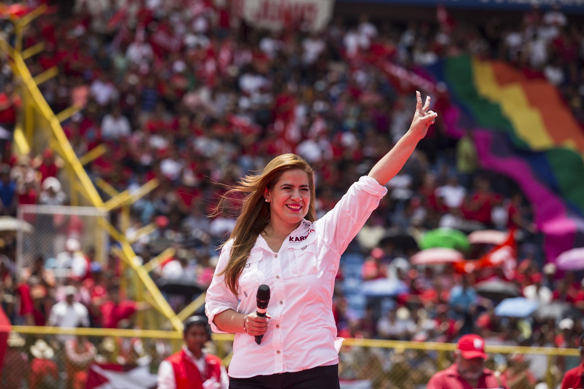Karina Sosa, candidata a la vicepresidencia por el FMLN. Foto Fred Ramos (El Faro).