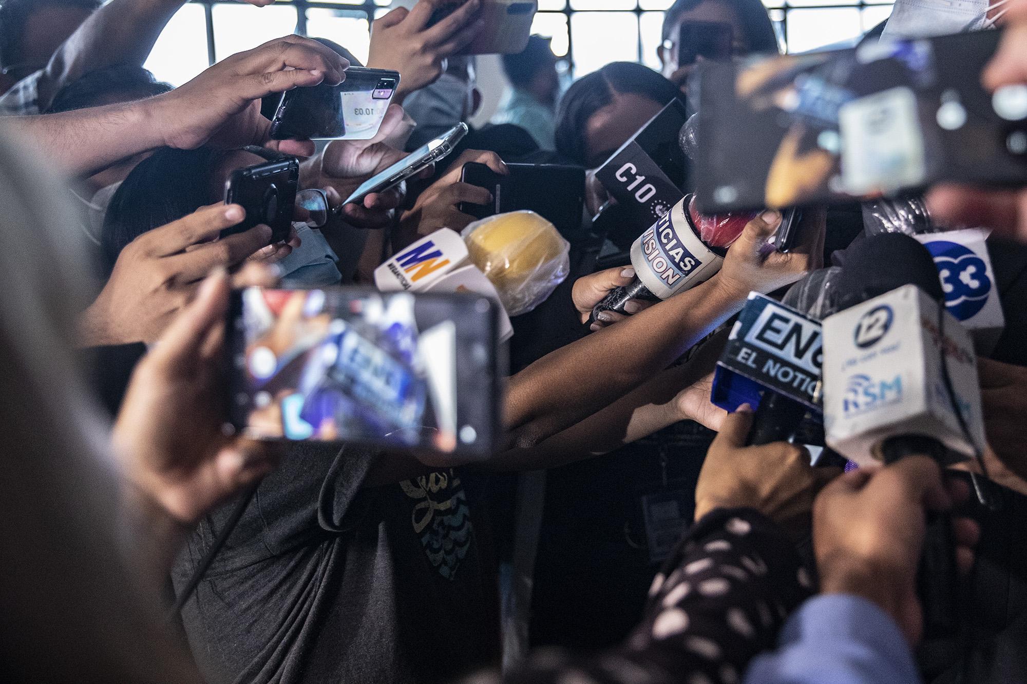 APES exige a Gobierno que Secretario de Prensa cese ataques al gremio